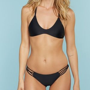 Stone Fox Swim Indie top in Onyx NWT XS